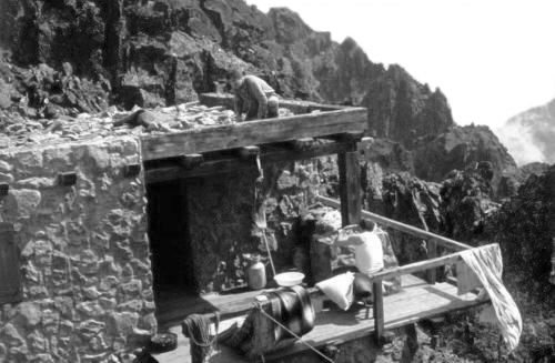 Výsledok vyhľadávania obrázkov pre dopyt medená veža chata